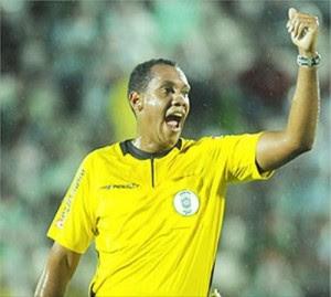 Aspirante-C3A0-Fifa-apita-jogo-do-Tigre-divulgaC3A7C3A3o-300×269