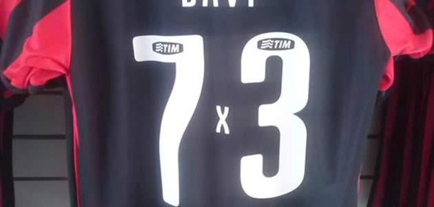 bcf42577d4ec3 Vitória nega autoria das camisas das goleadas no Bahia
