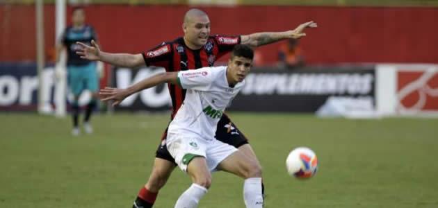 https://futebolbahiano.org/2015/08/botafogo-perde-e-o-vitoria-veraneia-na.html