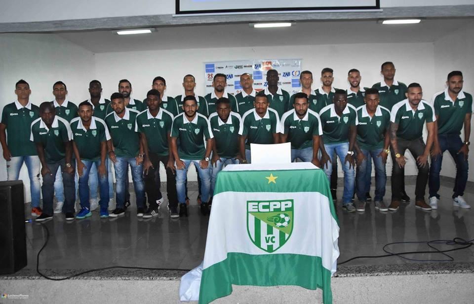 6a1216f298 Vitória da Conquista apresenta elenco e comissão técnica para 2018