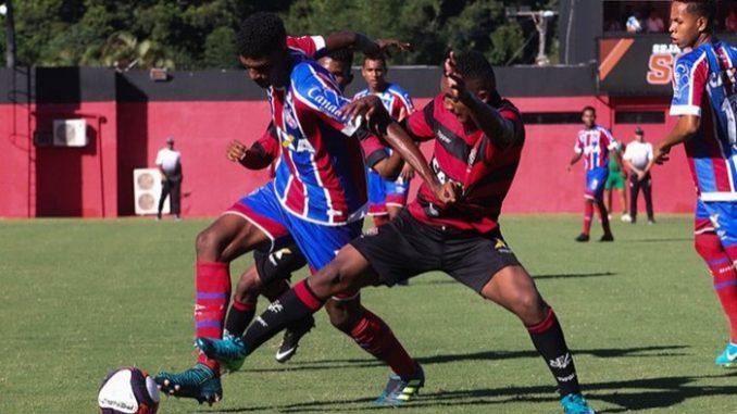 O Esporte Clube Bahia segue soberano e invicto em Ba-Vi s na temporada  2018. O time profissional venceu os três (3×0 4812df60dd160