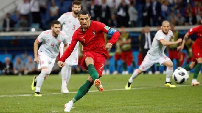 Cristiano Ronaldo brilha 3da818aa164e3