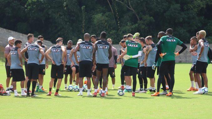 Vitória está pronto e relacionado para enfrentar o Corinthians. Veja a lista 199086ef2a3b5