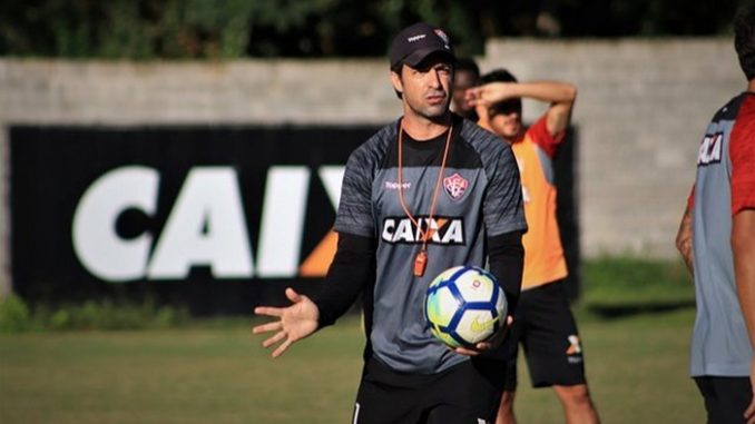 Agora com João Burse 83cb45913f8dc