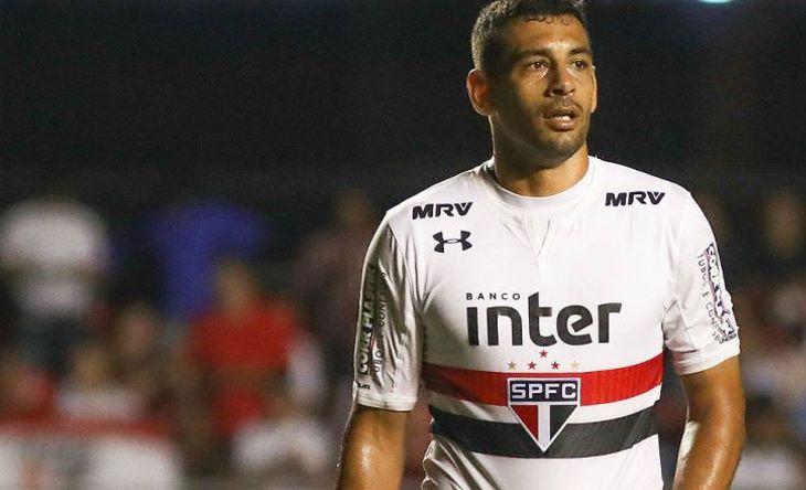 Diego-Souza-lance-Sao-Paulo-Morumbi-715-Ricardo-Moreira-Fotoarena