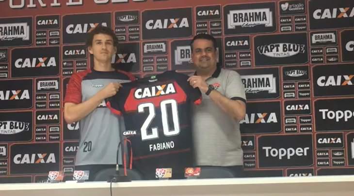 Fabiano jogador do Vitória
