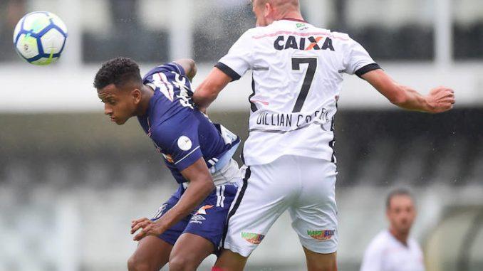 Destaque do Santos é dúvida para o jogo contra o Vitória no Barradão 79e9b775e3f2d