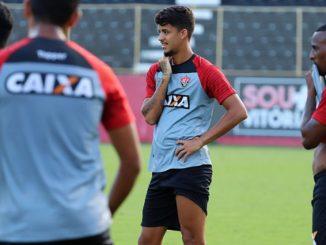 0a1e18c9de Neto Baiano comemora retorno ao Vitória e promete muitos gols