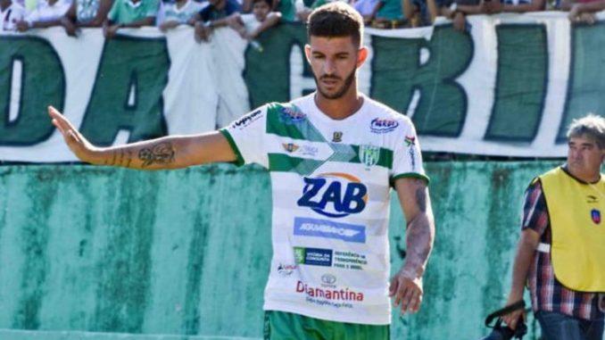 Paulinho Le Petit não joga mais pelo clube nessa temporada.