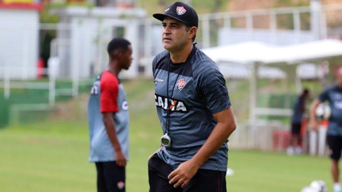 2862aa7340085 Marcelo Chamusca deixou o Vitória com um aproveitamento de 38%