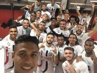 O Atlético de Alagoinha brilhou no Campeonato Baiano. O clube recém promovido começou a competição com uma seqüência de quatro empates