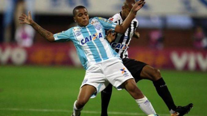 9d5bcf7d94cba Novo reforço  Lateral faz exames no Vitória antes de assinar contrato