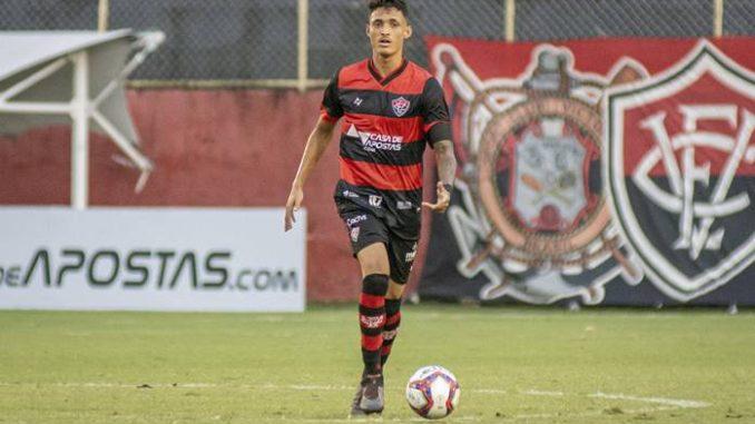 Zagueiro da base entrou na lista de melhores jogadores da última rodada da Série B . Mateus Moraes disputou até agora 13 jogos