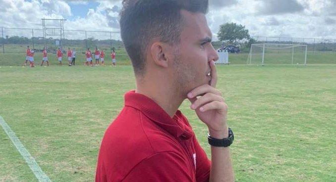 Estreante como técnico de futebol, Matheus Vazquez garantiu como meta fazer o Botafogo-BA retornar à elite do Campeonato Baiano
