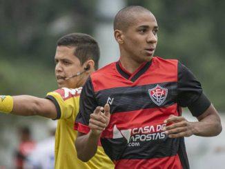 Volante, do Vitória, será julgado por expulsão no empate por 1 a 1 com o Confiança, na 10ª rodada da Série B do Campeonato Brasileiro